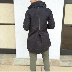 Lululemon Fo Drizzle Navy Size 6 Rain Jacket